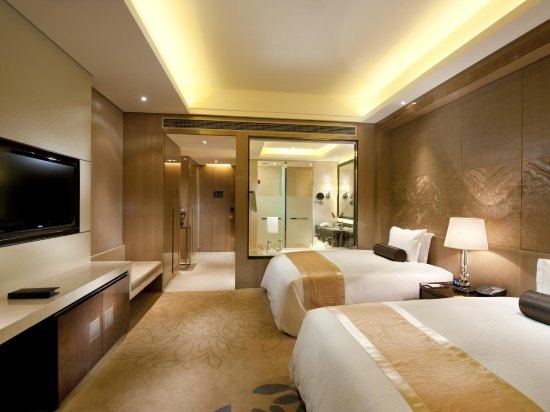 Wanda Realm Langfang Deluxe double bed room